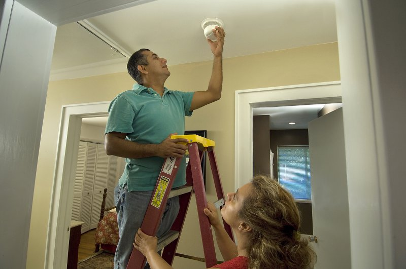 5 Causes of Smoke Detector Beeping or Chirping Noises