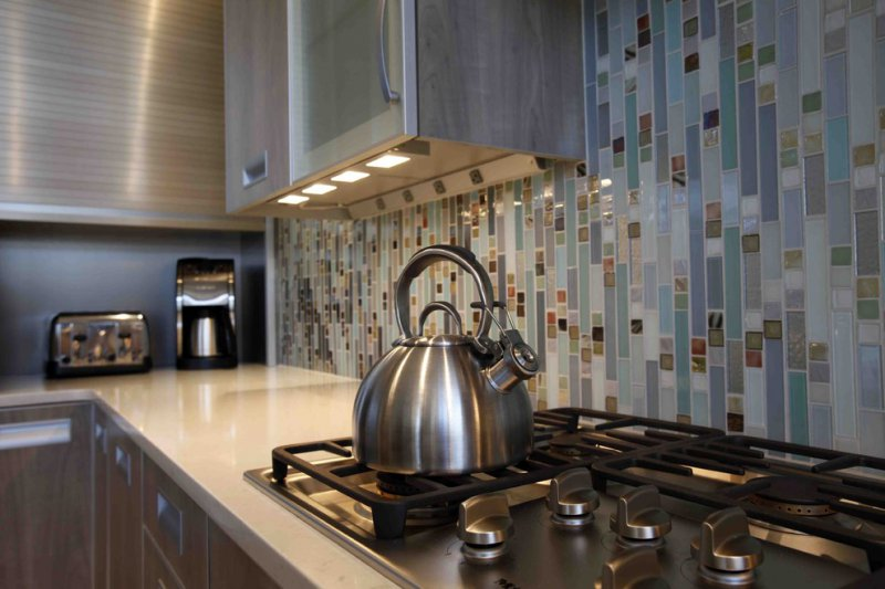 10 Classic Kitchen Backsplash Ideas