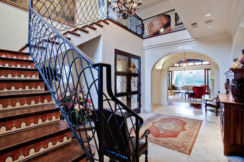 curved wrought iron railing