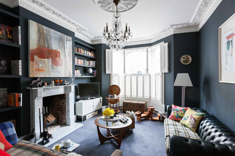eclectic living room with ceiling medallion