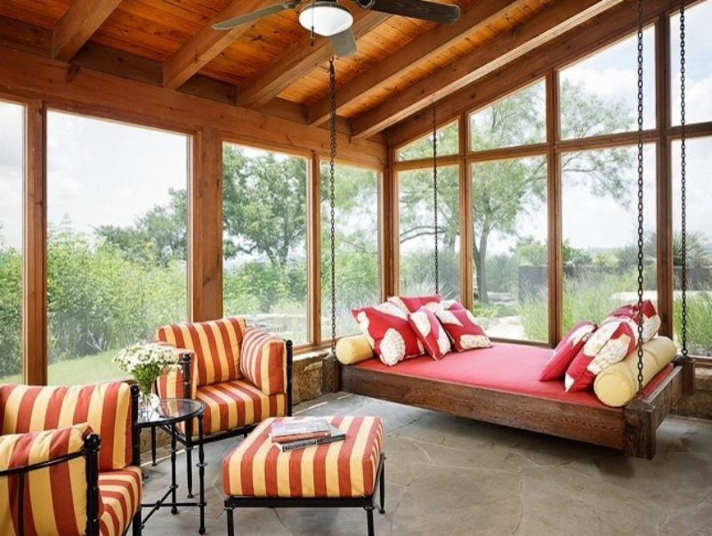 15 Hanging Beds Found Swinging On The Porch And Inside