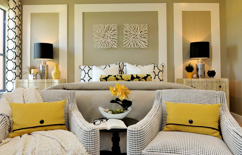 master bedroom with seating