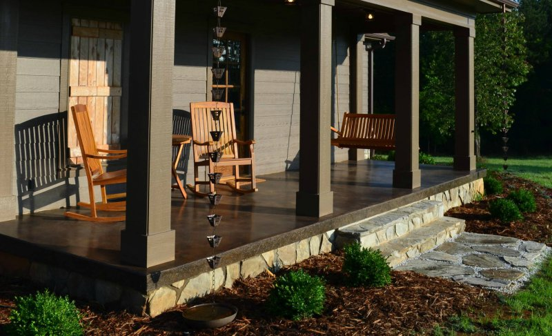 10 Copper Rain Chain Ideas to Upgrade Your Downspouts