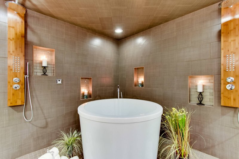 steam room soaking tub